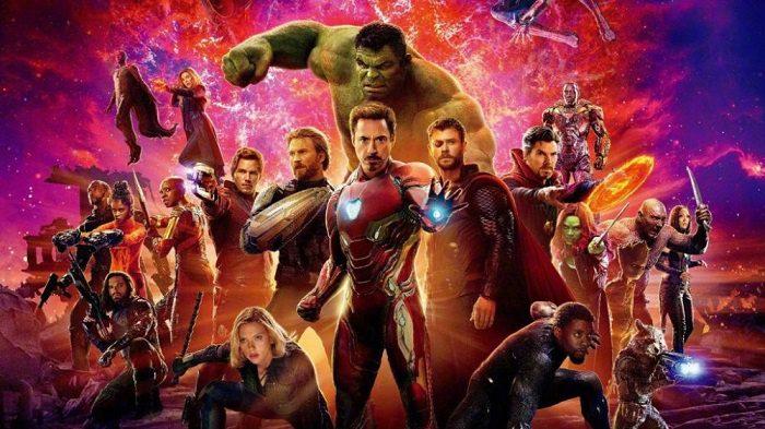 Avengers: Infinity War et Endgame fusionnent leurs affiches avec un résultat épique