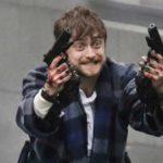Daniel Radcliffe fait sensation sur Internet pour le premier trailer de Guns Akimbo