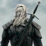 Henry Cavill explique comment les épées qu'il utilise dans The Witcher sont