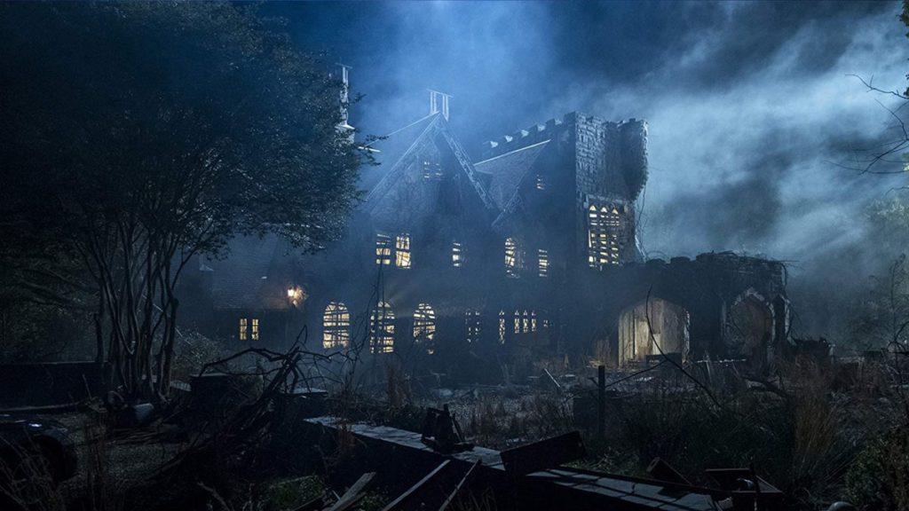 Le directeur de Haunting of Bly Manor dit qu'il sera présenté en première cette année sur Netflix