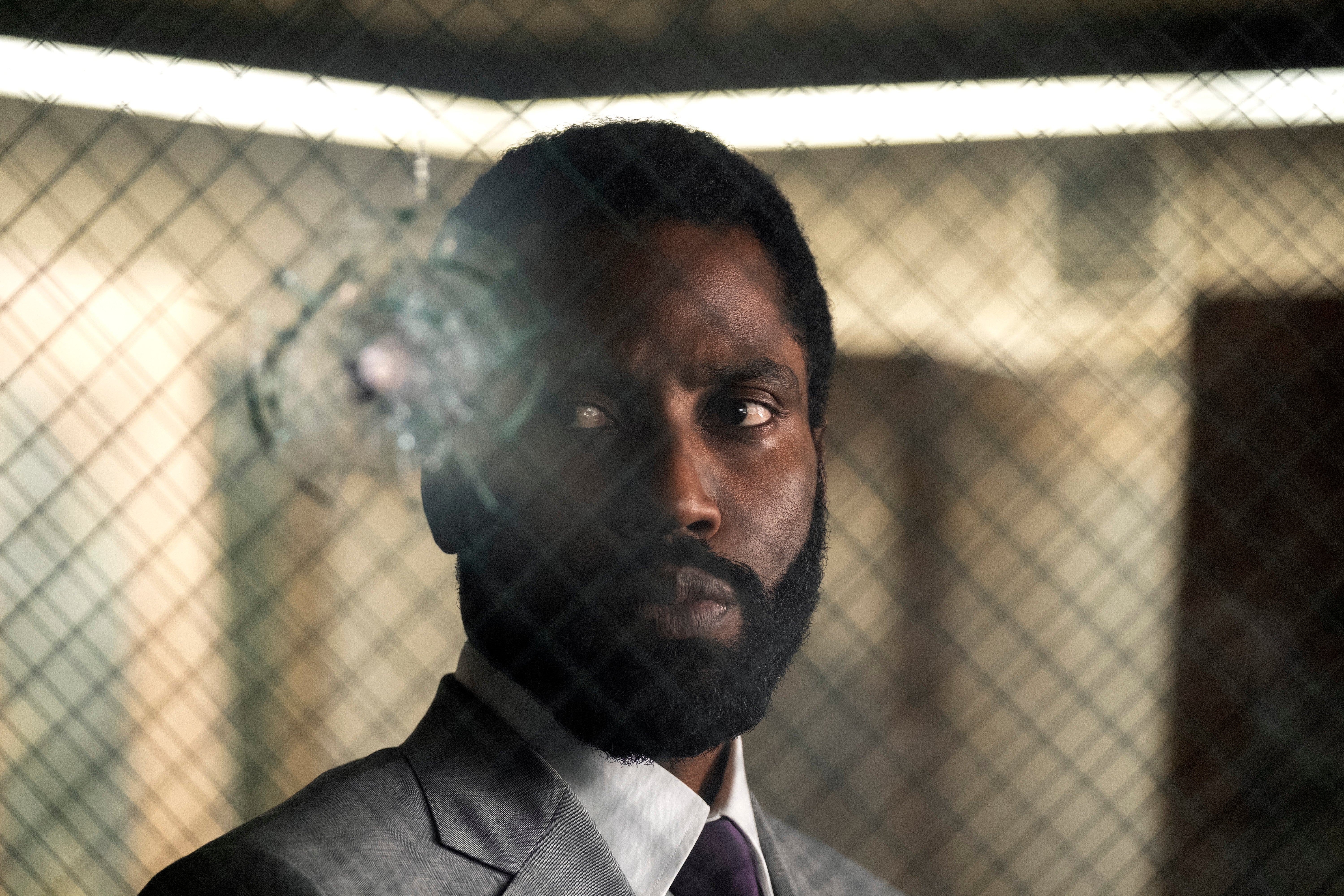 JOHN DAVID WASHINGTON joue dans l'épopée d'action de Warner Bros. Pictures