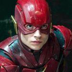 Le flash révèle le nouveau costume de Barry Allen et ouvre les portes à plus de croisements entre le cinéma et la télévision