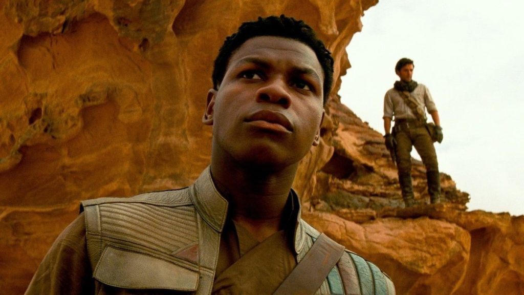 John Boyega critique Disney pour avoir négligé les personnages racialisés dans Star Wars