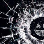 Le créateur de Black Mirror travaille sur un faux documentaire sur 2020 pour Netflix